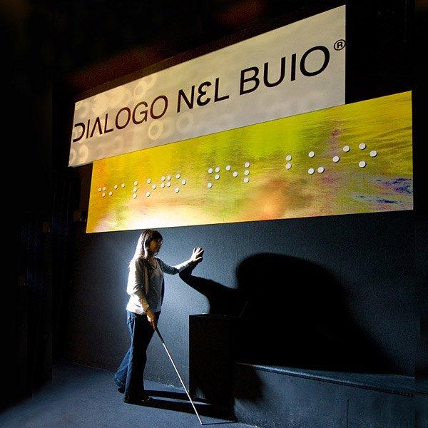 DialogoNelBuio0